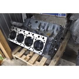 Блок цилиндров двигателя с распредвалом / ПАО КамАЗ 740.21-1002012-21