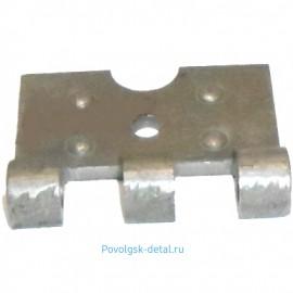 Петля двери (трехушковая) 5320-6106023